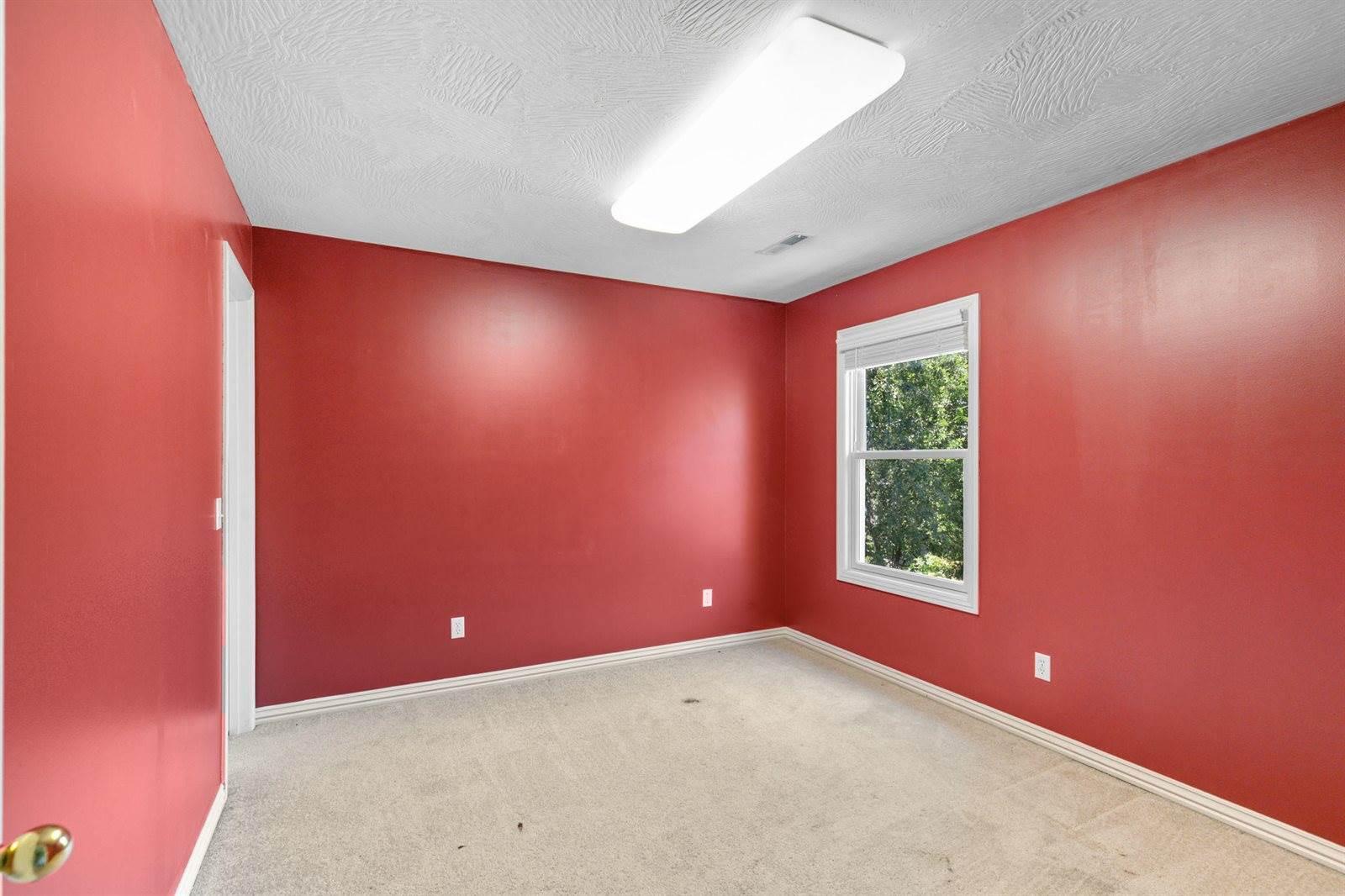 709 East Saint Charles, Ozark, MO 65721