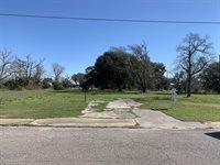 228 3rd St, Biloxi, MS 39530