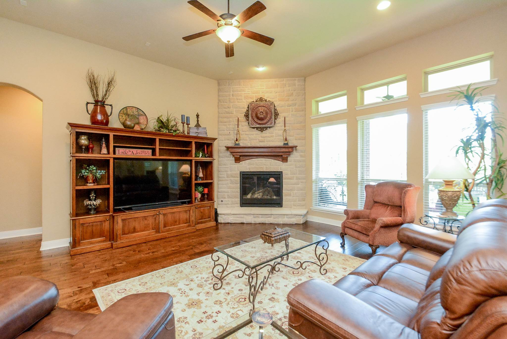 515 Mill Creek Road, Pinehurst, TX 77362