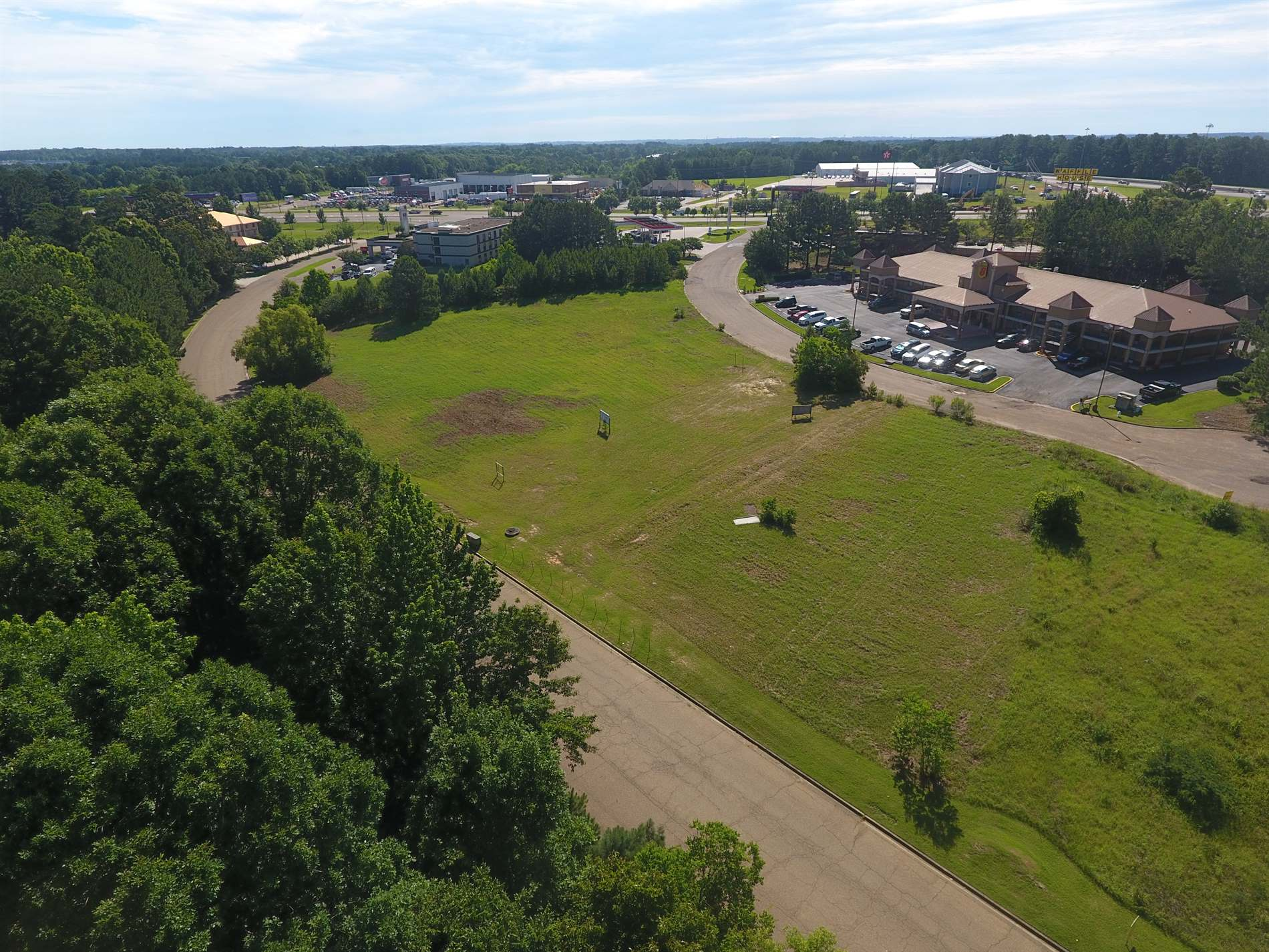 0 Country Place Parkway, Pearl, MS 39208