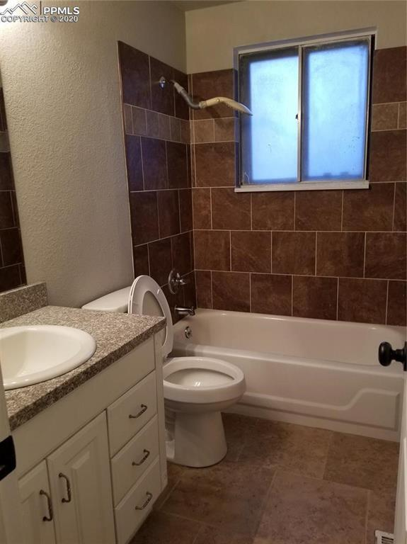 595 Corte Hermosa Drive, Fountain, CO 80817