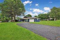 105 Park Crest, Freeport, IL 61032