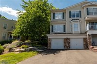 1020 Robin Ct, Green Brook Township, NJ 08812