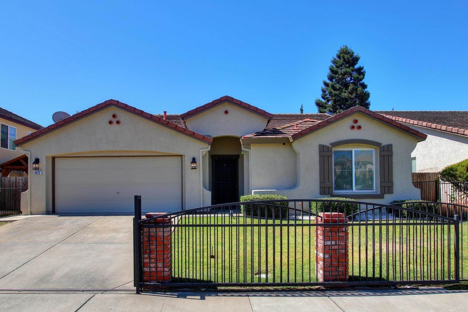 4512 Woodhawk Way, Antelope, CA 95843