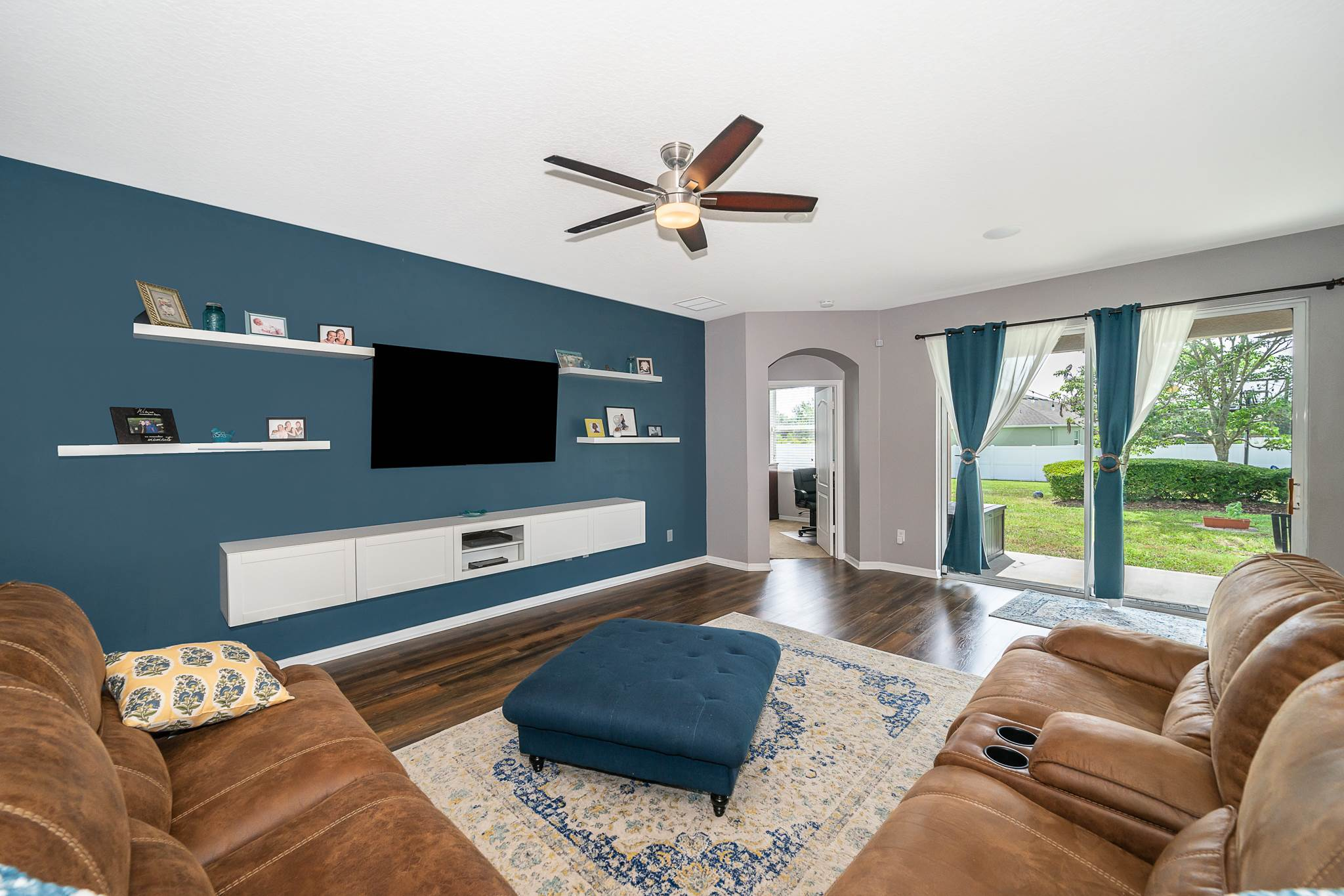 2924 Rolling Hills Lane, Apopka, FL 32712