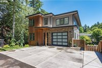 1368 SW 58TH Ave, Portland, OR 97221