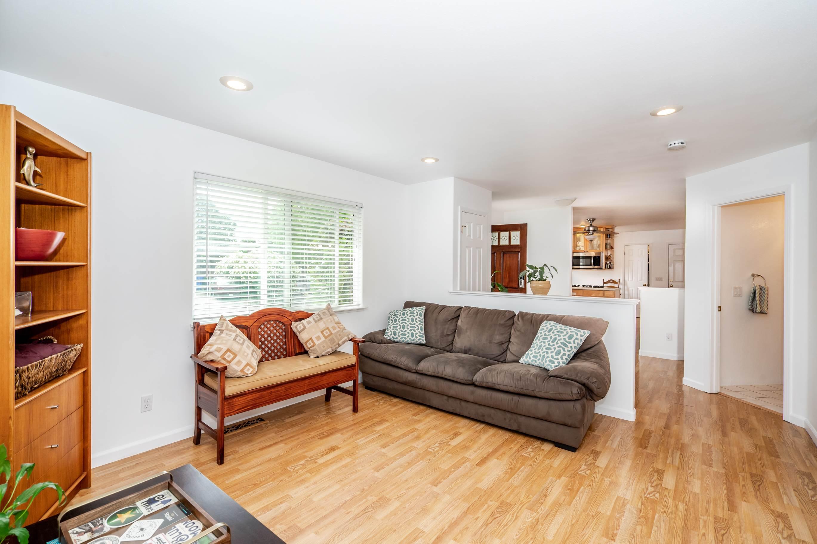 7937 Shira Street, Windsor, CA 95492