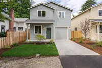 8567 SE Gray St, Happy Valley, OR 97086
