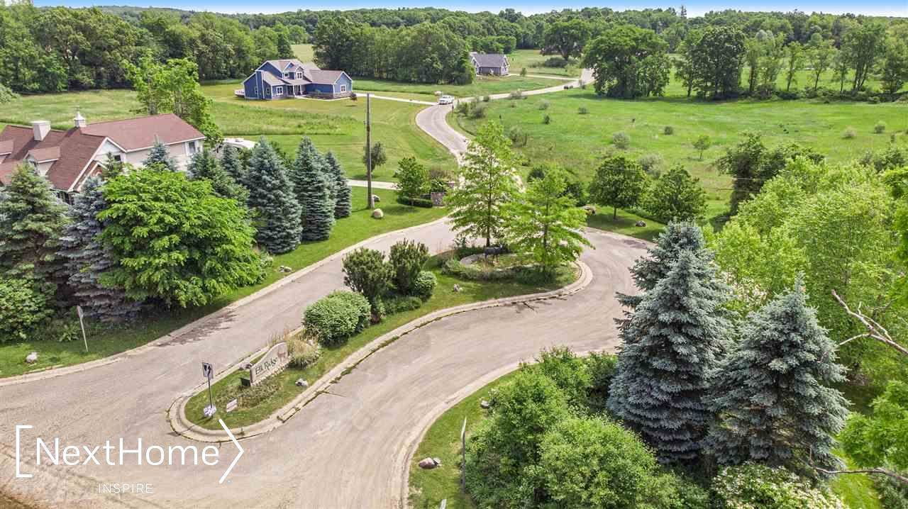 12380 Elk Run Parkway, Holly, MI 48442