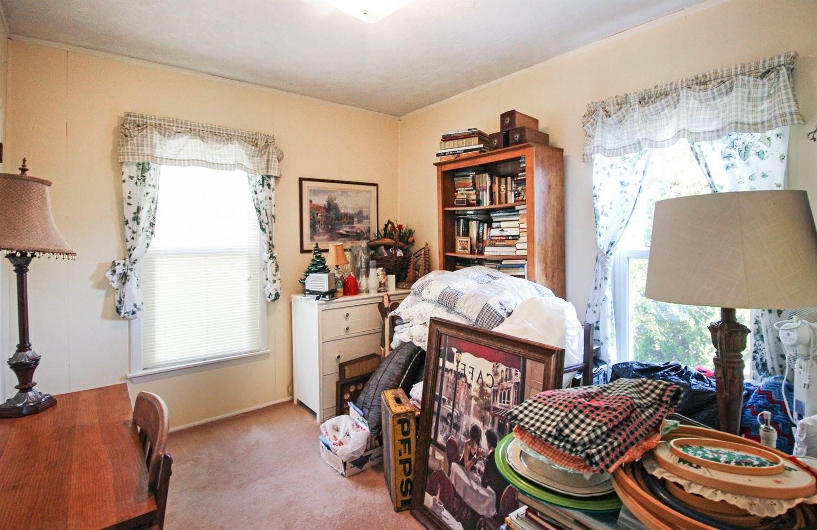 701 Oak, Lena, IL 61048