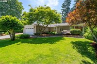 4030 Calaroga Cir, West Linn, OR 97068