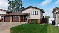 1014 6th Ave SE, Dickinson, ND 58601