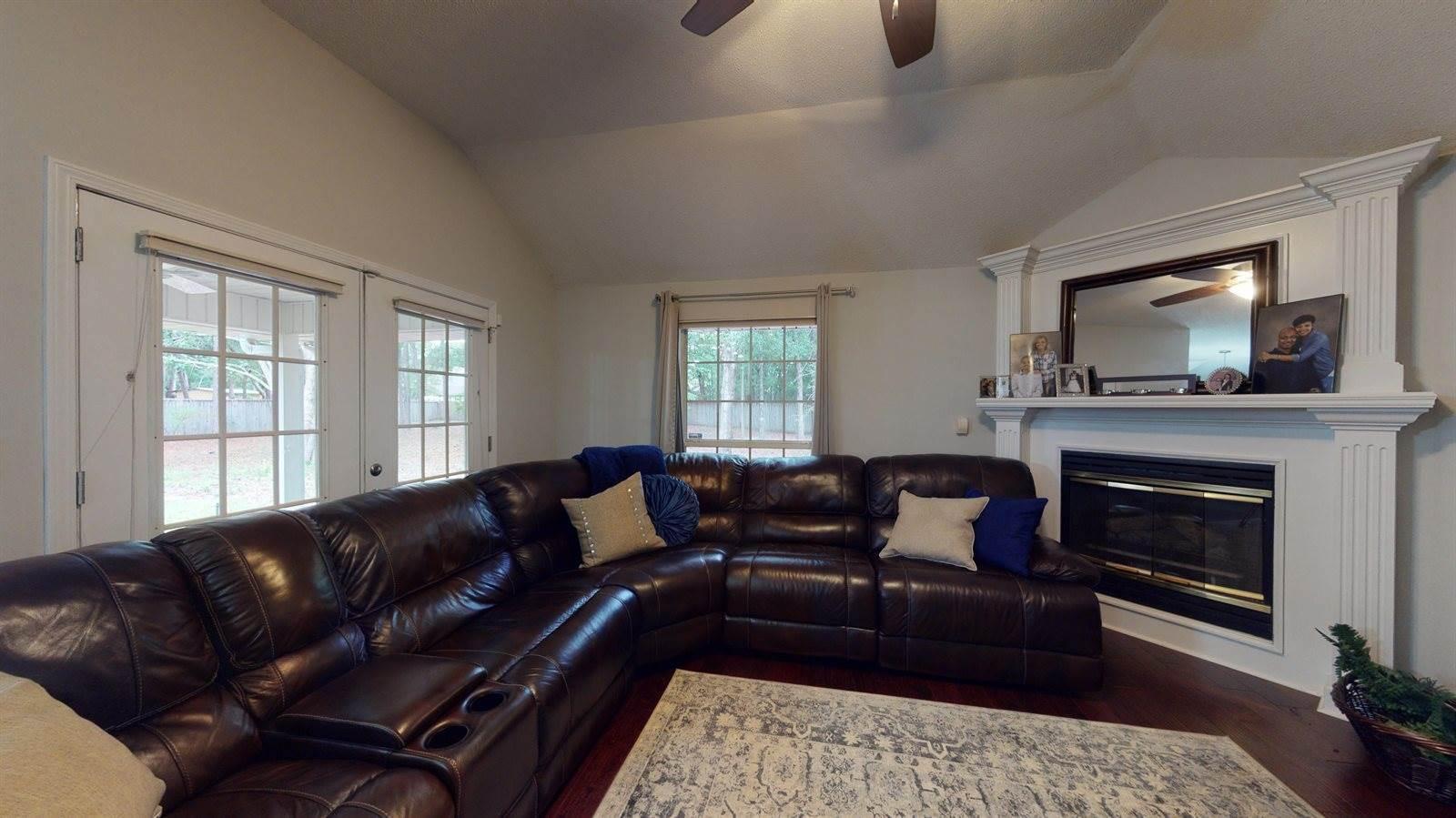 2195 Chase Drive, Niceville, FL 32578