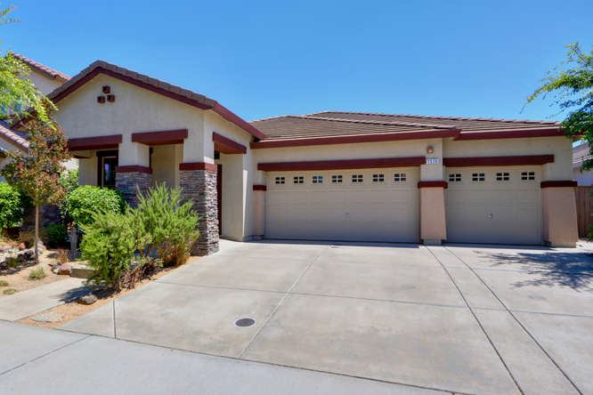 1526 La Guardia Circle, Lincoln, CA 95648