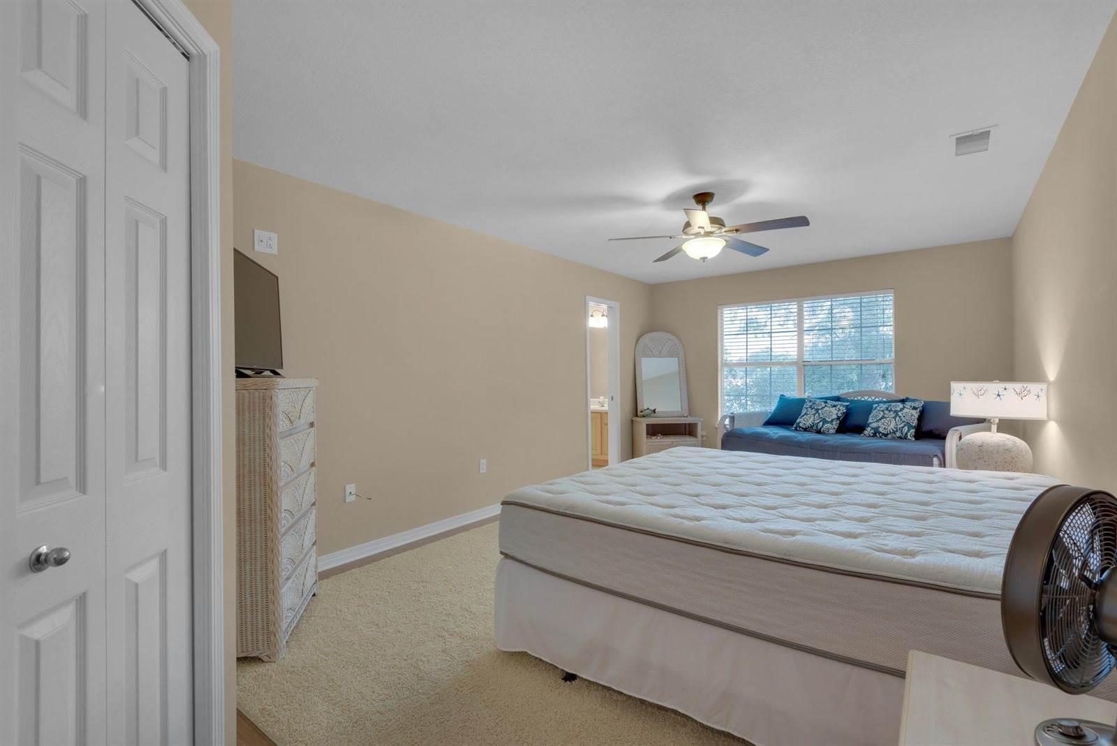 752 Toness Way, Fort Walton Beach, FL 32547