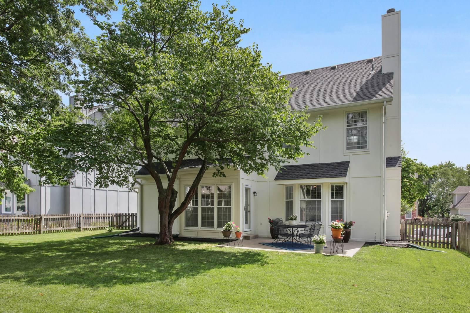 12124 Beverly Street, Overland Park, KS 66209