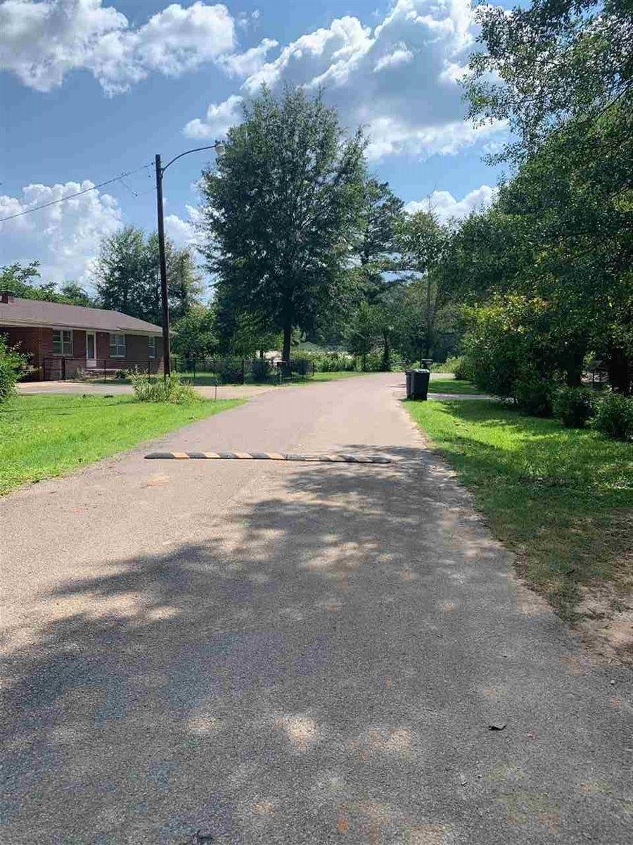 121 Harris Dr, Bethel Springs, TN 38315