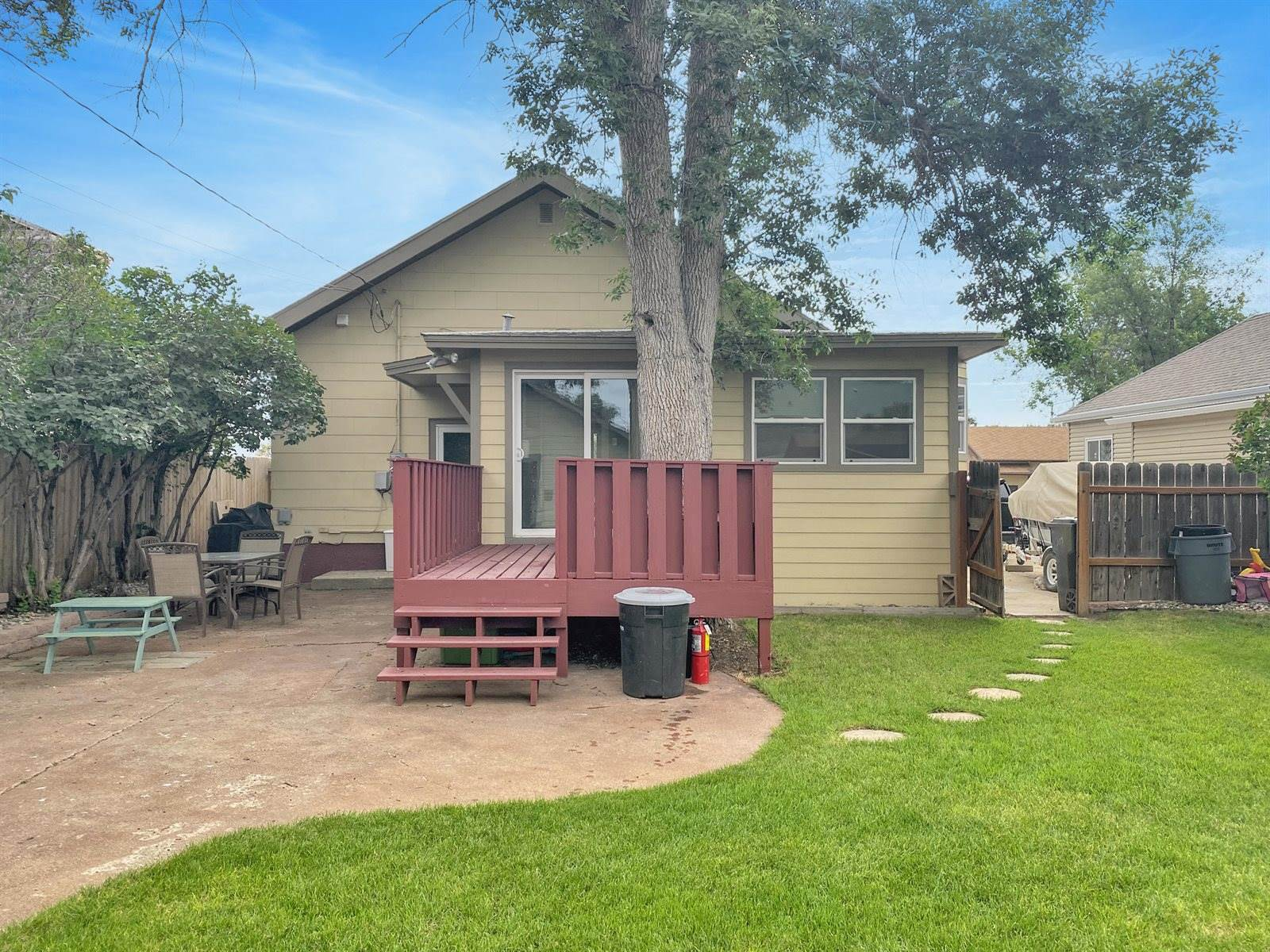 709 1st Ave West, Williston, ND 58801