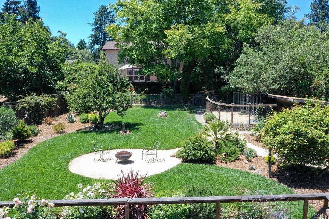 6779 Covey Road, Forestville, CA 95436