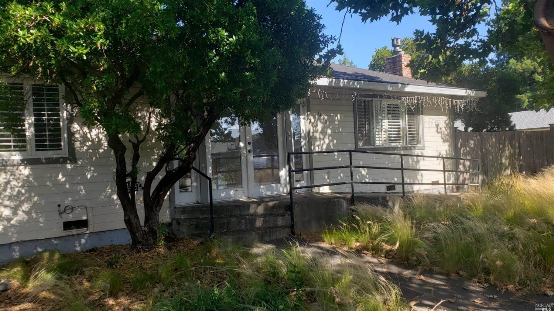 1658 Ridley Avenue, Santa Rosa, CA 95401
