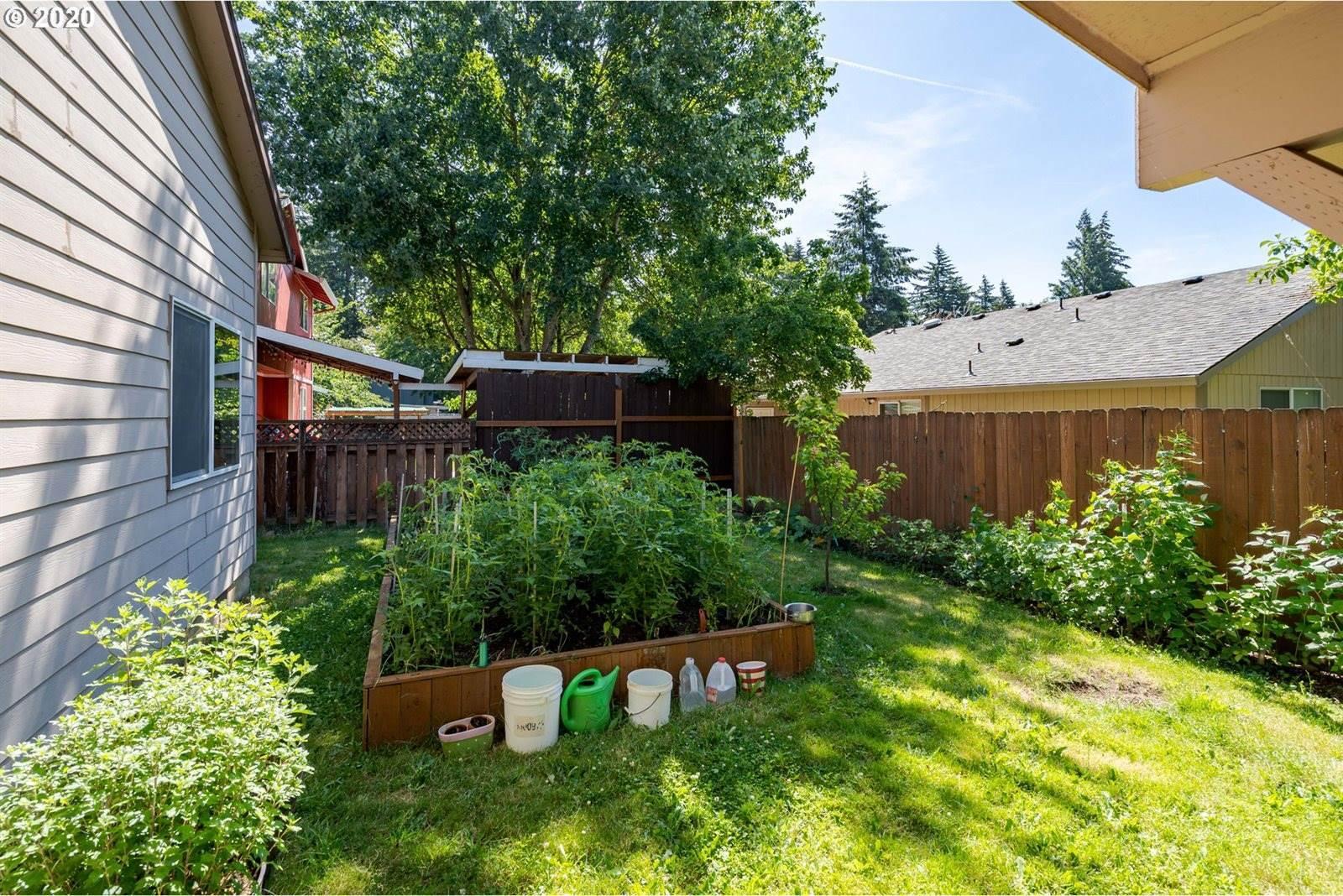 16826 SE Pine St, Portland, OR 97233