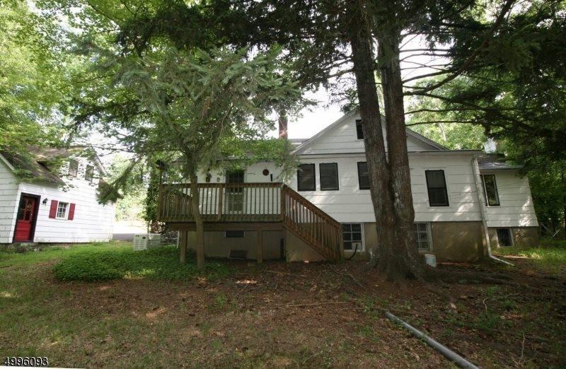 13 Brookside Dr, Warren Township, NJ 07059