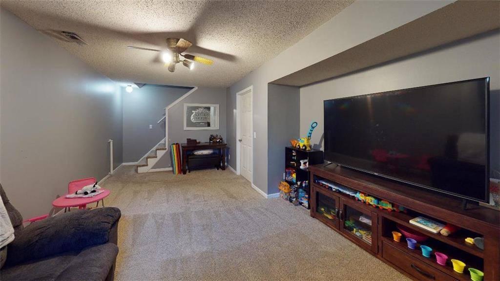 5578 Lewis Drive, Shawnee, KS 66226