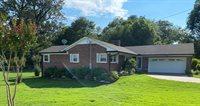 1311 Farris Avene, Murray, KY 42071