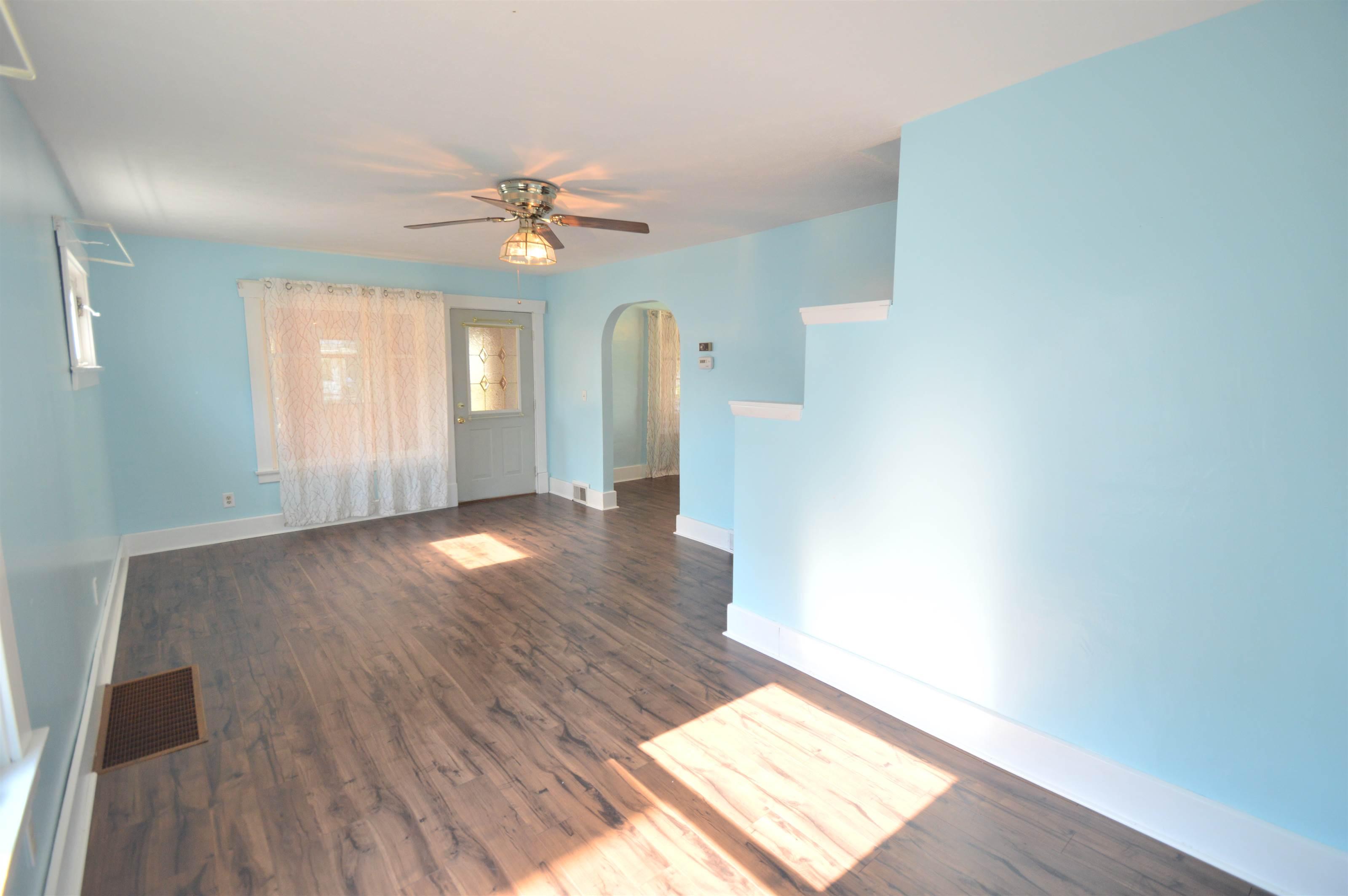 319 Oak Knoll Avenue, Newton Falls, OH 44444