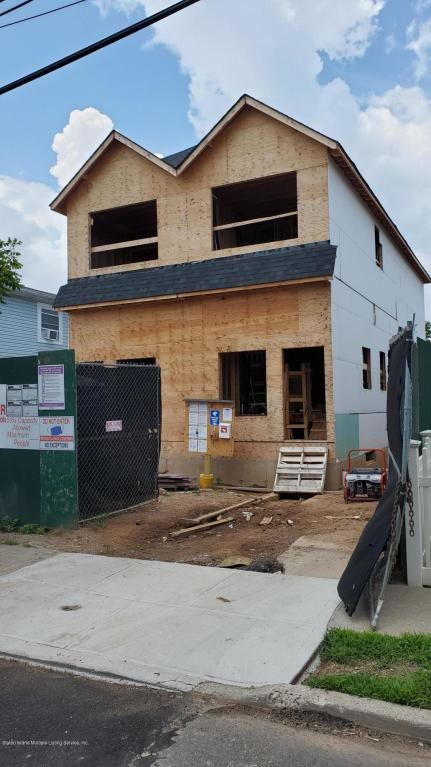 313 Kiswick St,, Staten Island, NY 10306
