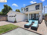 2361 Seaside St, San Diego, CA 92107