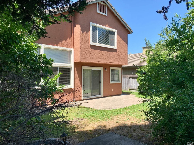 884 Celestine Circle, Vacaville, CA 95687