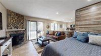 167 Meadow Lane #49, La Vista Blanc #49, Mammoth Lakes, CA 93546