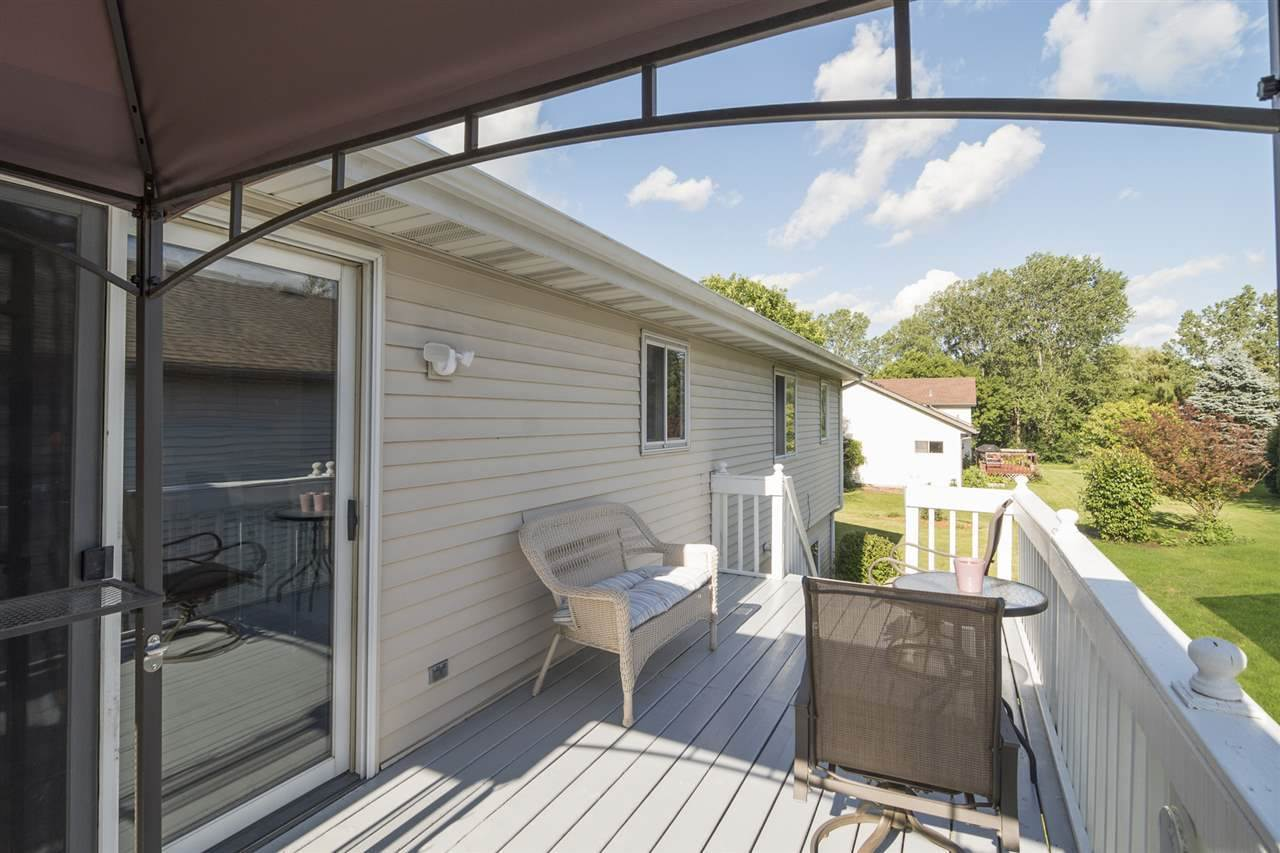 512 Southing Grange, Cottage Grove, WI 53527