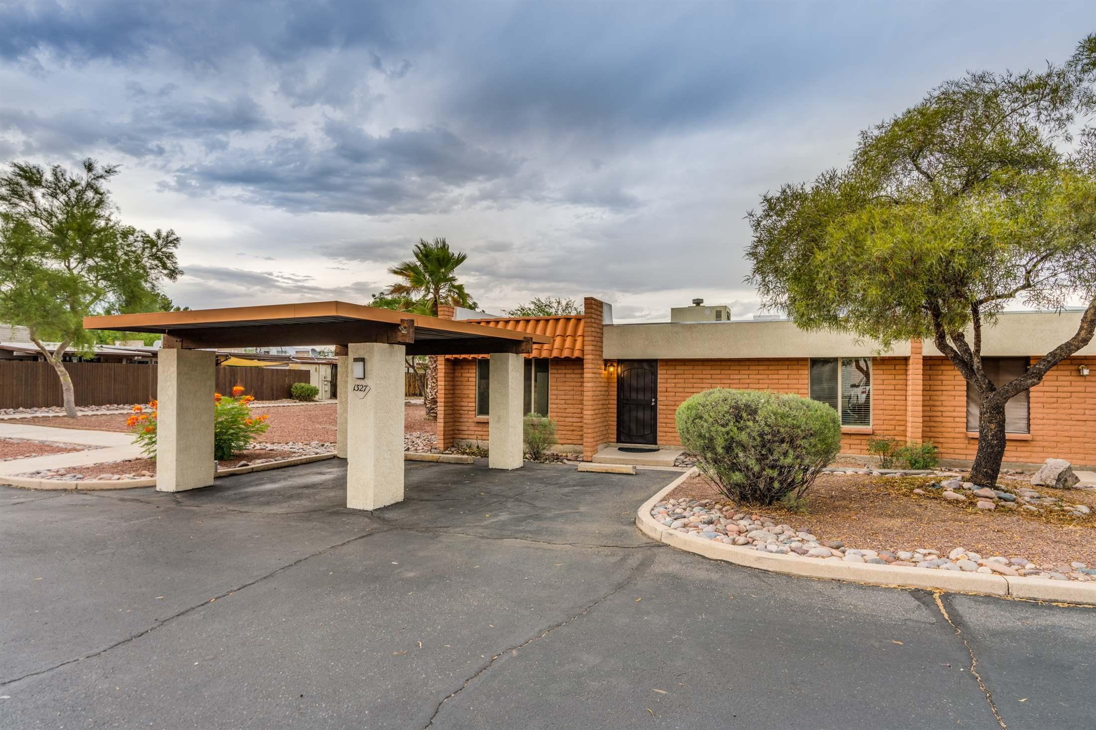 1327 S Wright Road, Tucson, AZ 85713