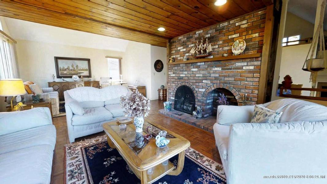 195 Lighthouse Point Road, Gouldsboro, ME 04607
