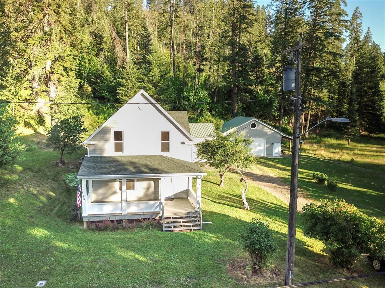 251 Garfield Ave, Harrison, ID 83833