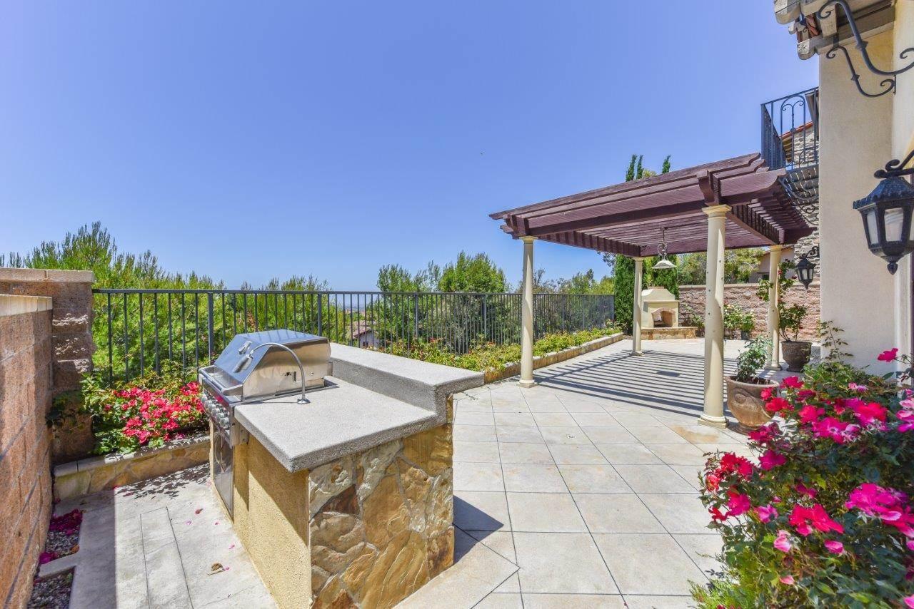 31 Rose Trellis, Irvine, CA 92603