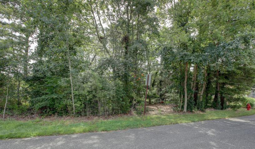 413 Riverview Road, Forked River, NJ 08731