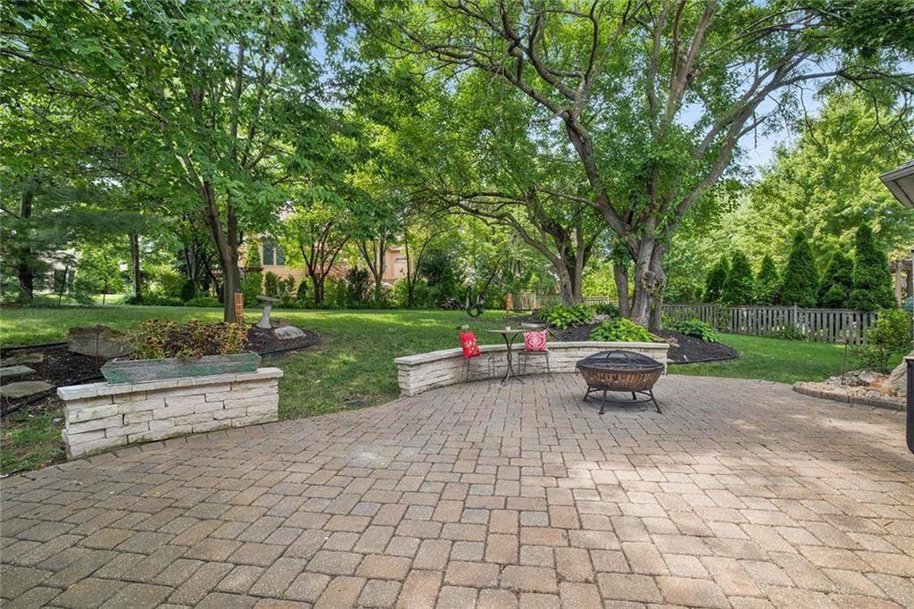 14114 Cody Street, Overland Park, KS 66221