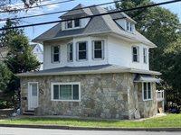 207 Teaneck Rd, #2nd Flr, Teaneck, NJ 07666