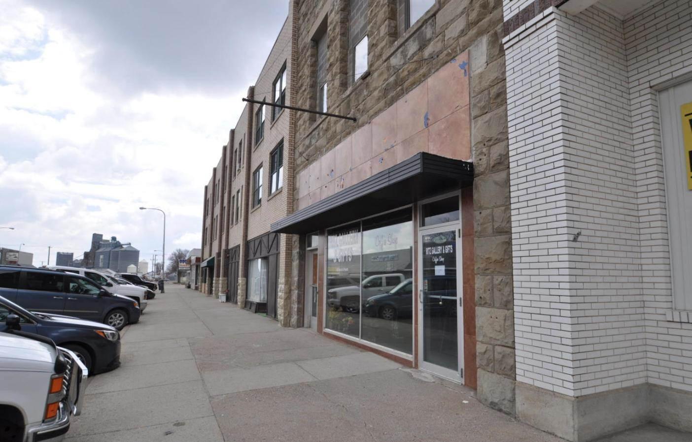 106 N Broadway North, Linton, ND 58552