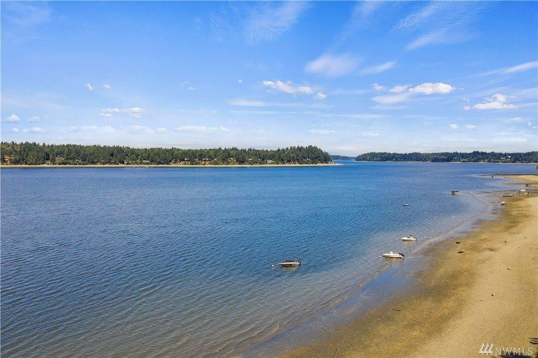 3910 Sunset Beach Dr NW, Olympia, WA 98502