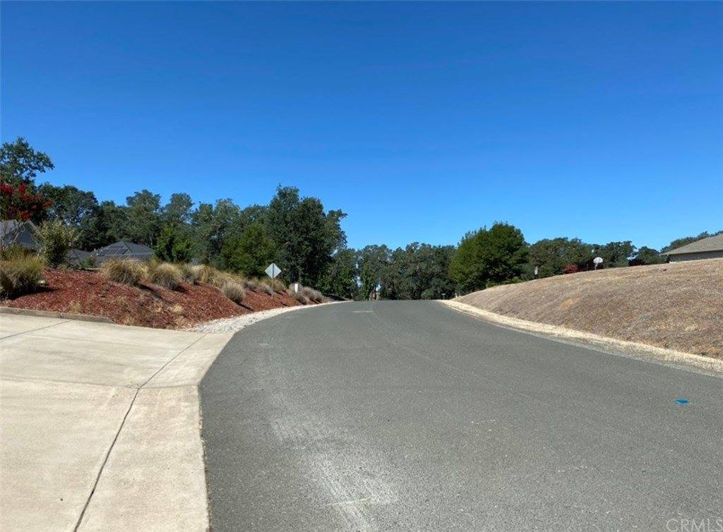 505 Oak Park Way, Lakeport, CA 95453