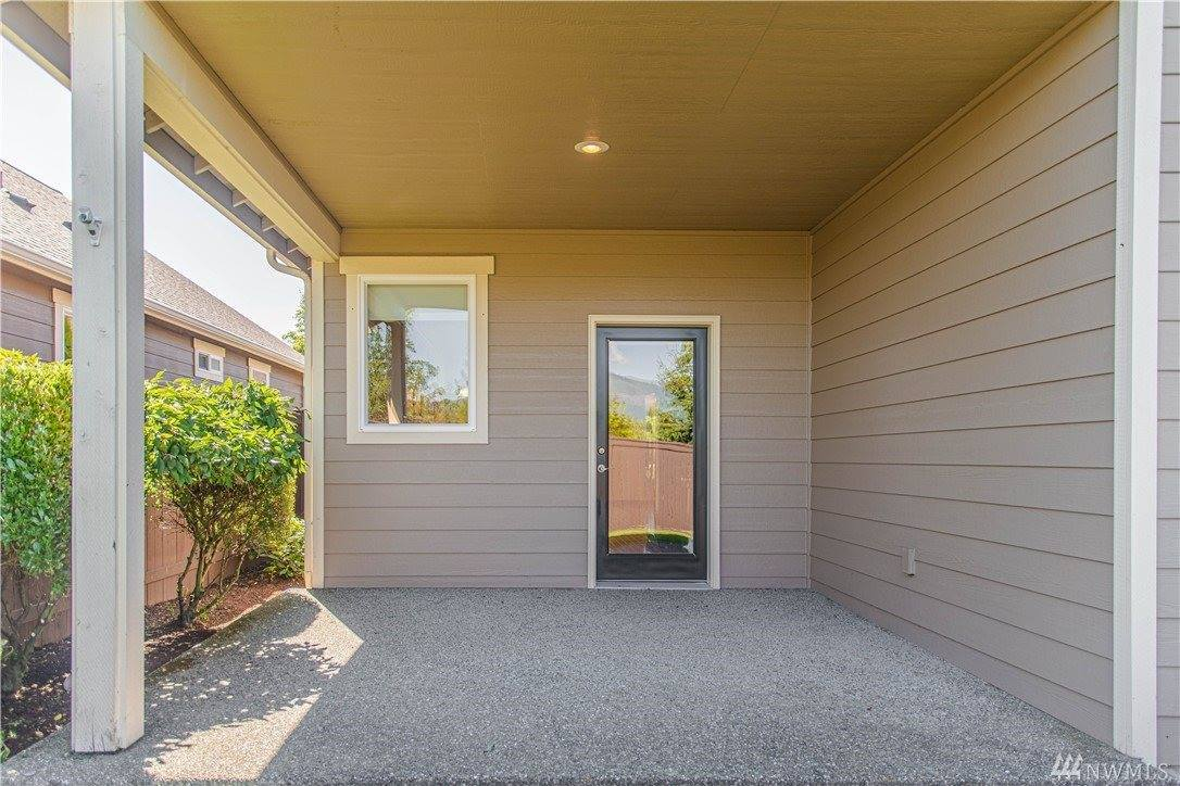 1008 Chestnut Loop, Mount Vernon, WA 98274
