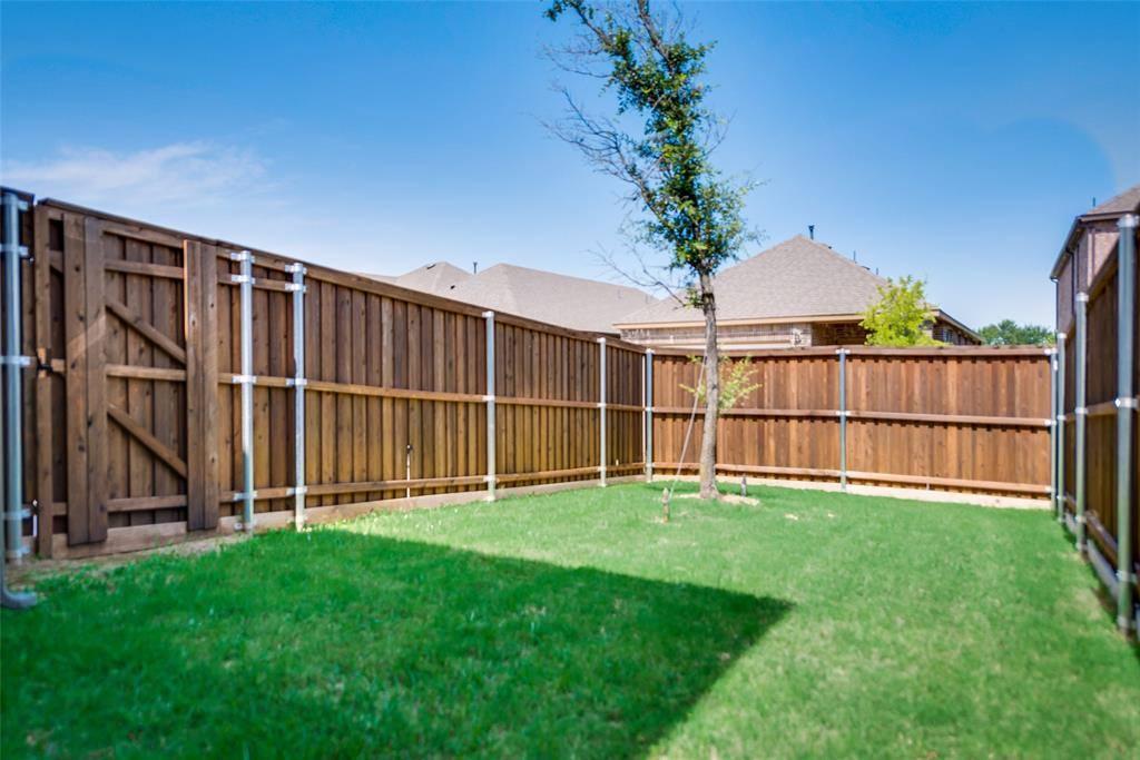 2208 Barx Drive, Little Elm, TX 75068