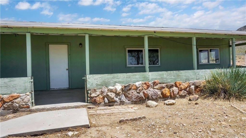 25525 Old Mine Road, Apple Valley, CA 92307