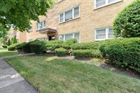 8156 Keating, #302, Skokie, IL 60076