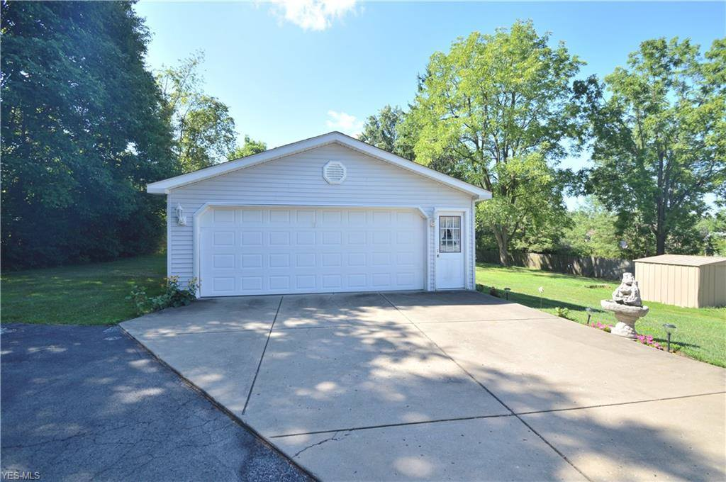 2899 Center Road, Poland, OH 44514