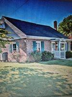 96 Oneida Rd, Camp Hill, PA 17011